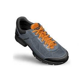 SPECIALIZED SCARPA CADET